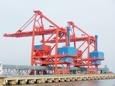 亚美am8官网手机版电机在港口码头给料机上的应用